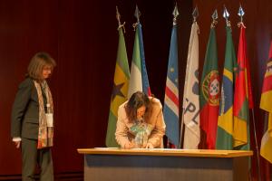 Professora Dra. Maria Rita Marques de Oliveira representando o Mecanismo de Facilitação de Participação das Organizações de Ensino Superior