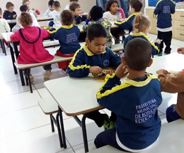 alimentacao-escolar-creches-publicas-Botucatu-SP